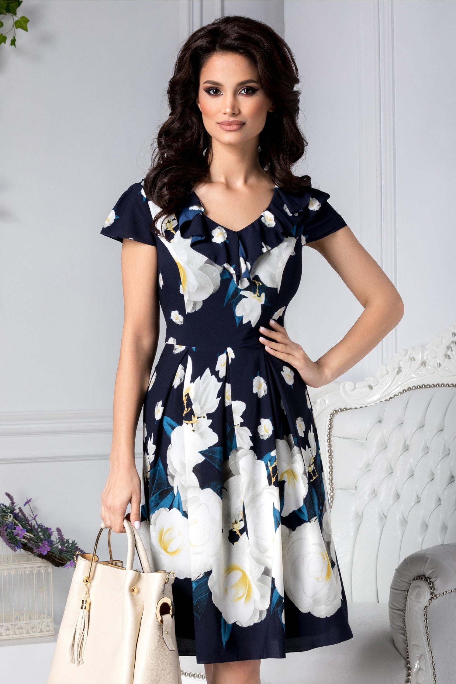 Rochie Erika clos bleumarin cu trandafiri albi