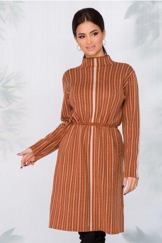 Rochie Flavia tricotata maro cu imprimeu in dungi bej