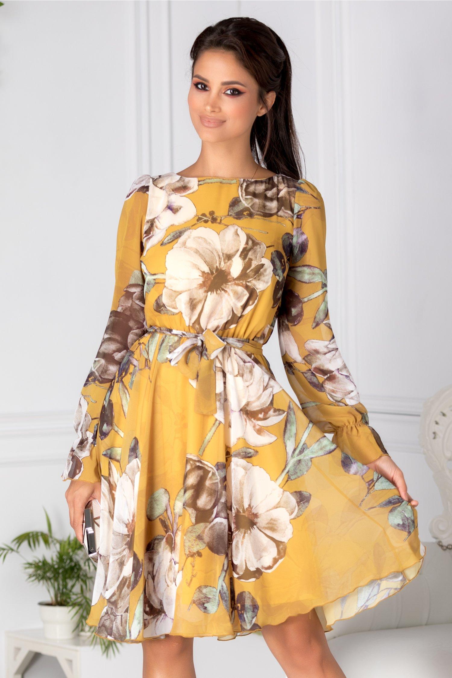 Rochie Fofy galben mustar vaporoasa din voal cu flori mari