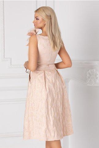 Rochie Ginette roz pudrat cu funda maxi la umar