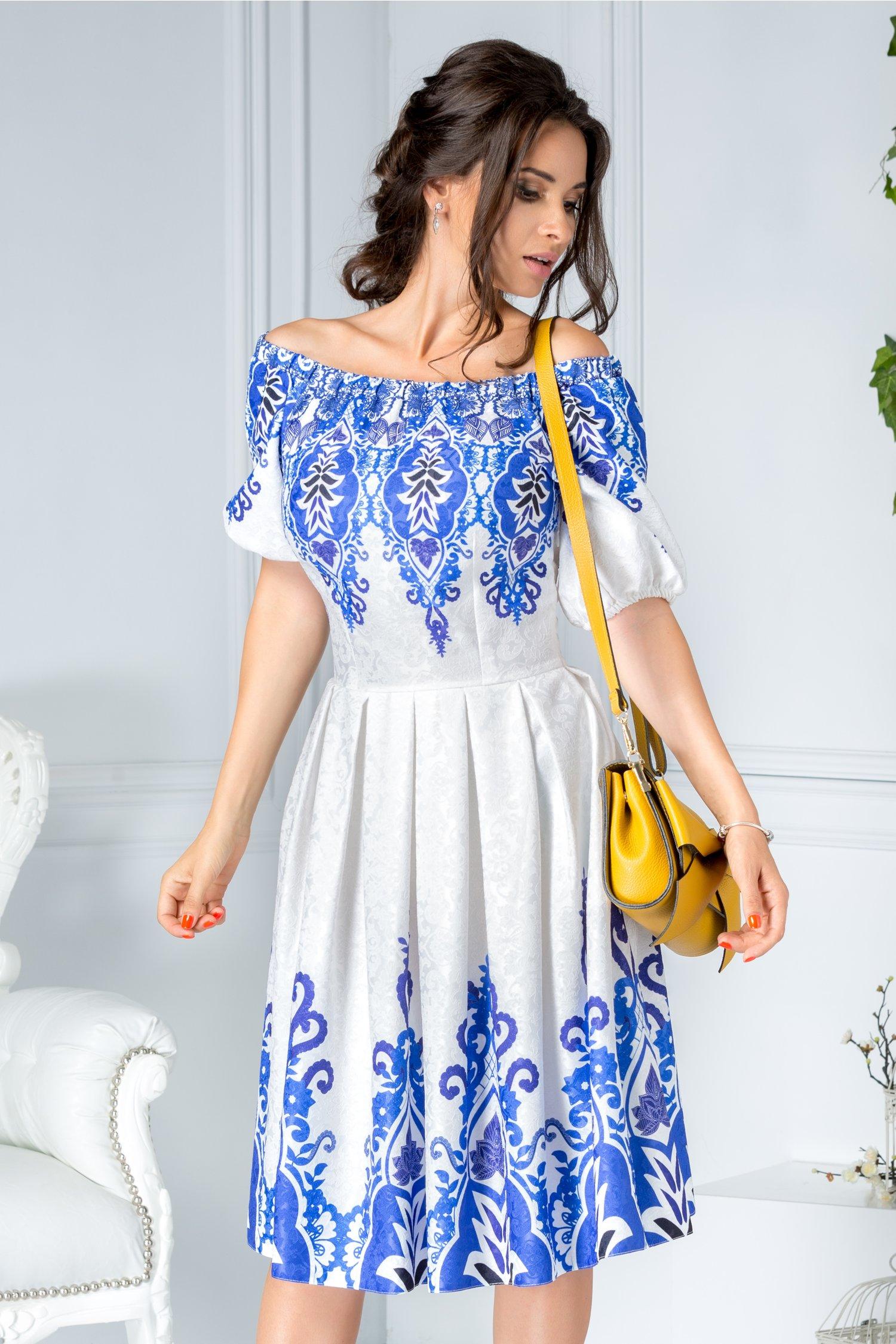 Rochie Indira alba de zi cu imprimeu albastru