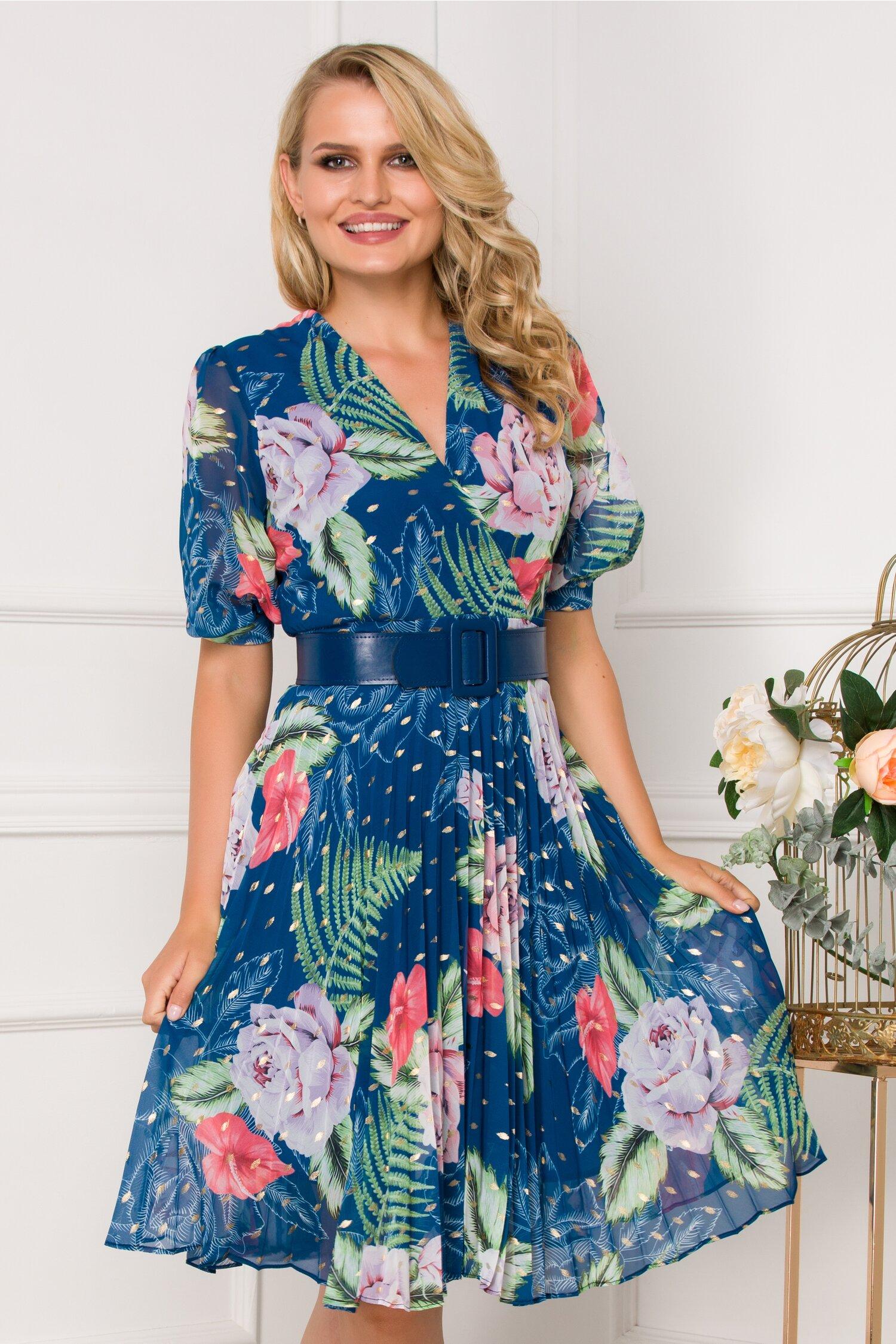 Rochie Isabella albastra cu imprimeu floral si fusta plisata