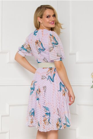 Rochie Isabella lila cu imprimeu divers chain si floral si fusta plisata