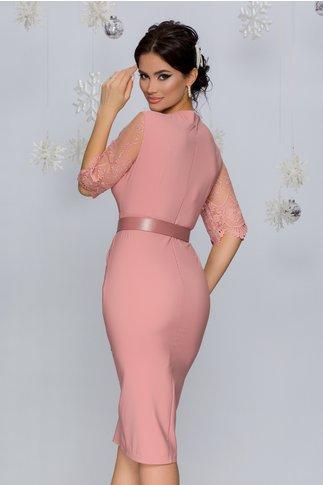 Rochie Ivette roz pudrat accesorizata cu tull brodat