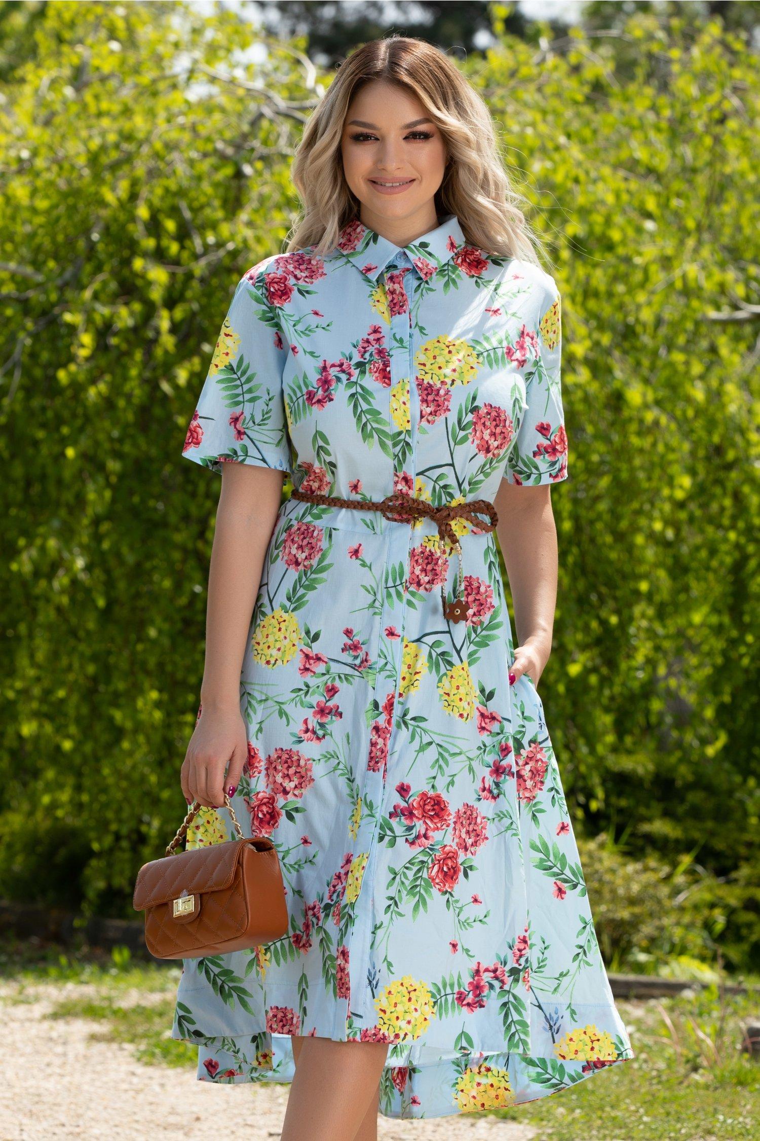 Rochie Ivona bleu cu imprimeu floral si curea in talie