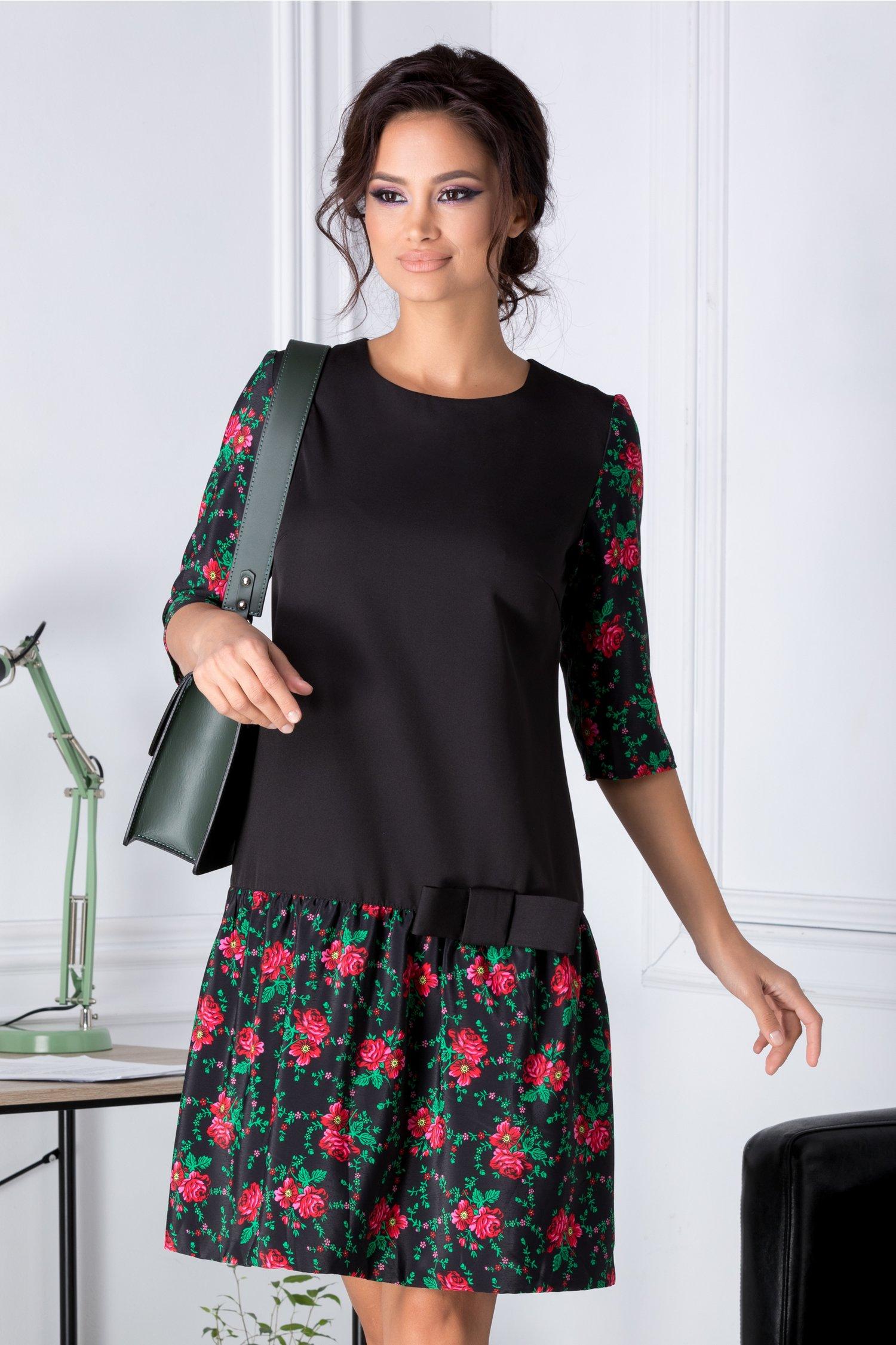 Rochie Ely neagra cu imprimeuri florale