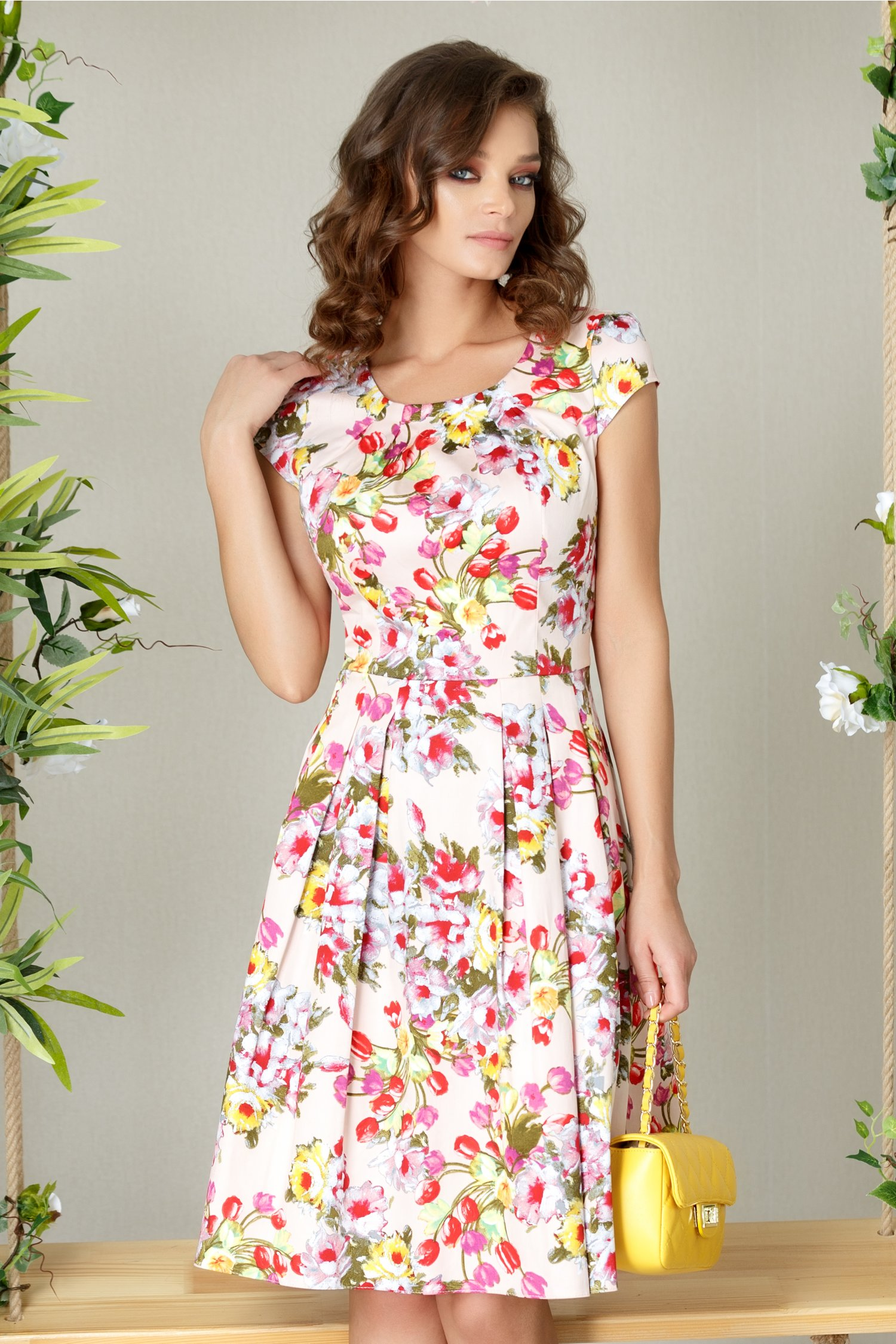 Rochie Jeanne midi rose cu imprimeu floral