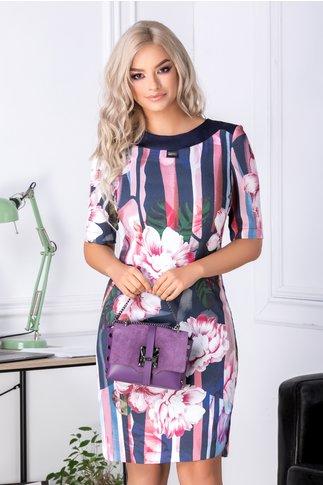 Rochie Jeny bleumarin cu flori mari roz