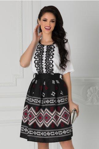 Rochie Kaley alb cu negru si motive traditionale