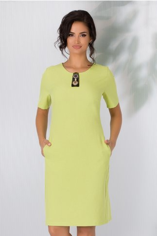 Rochie Kasie verde lime cu aplicatie din margelute la decolteu