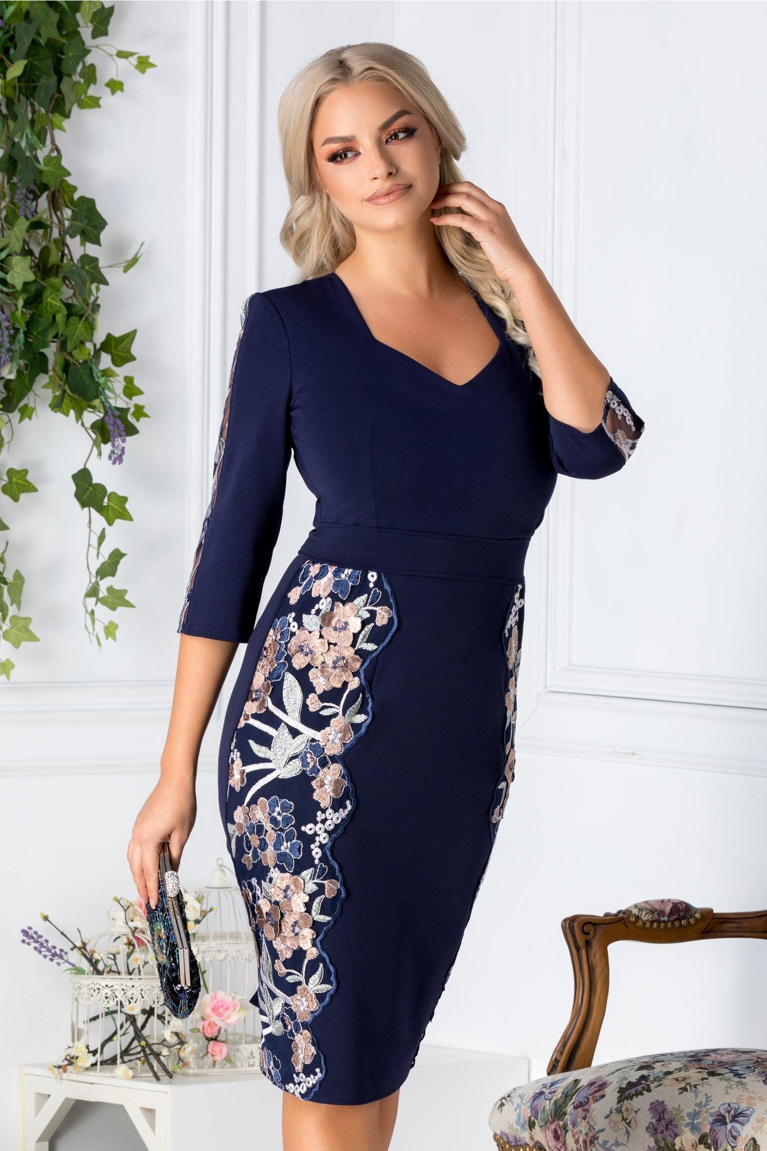 Rochie Katy bleumarin cu broderie florala