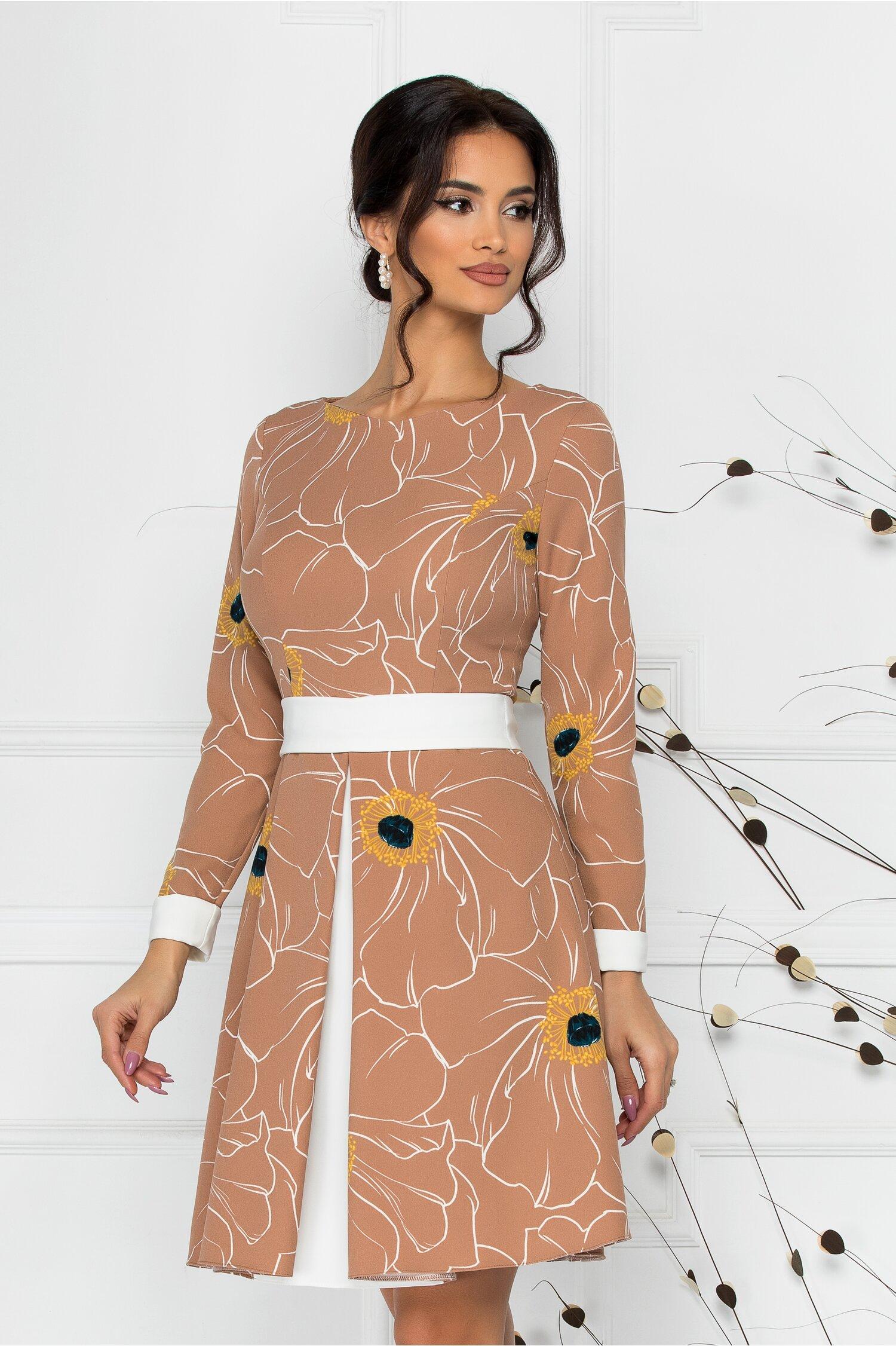 Rochie LaDonna bej cu imprimeu floral si talie marcata