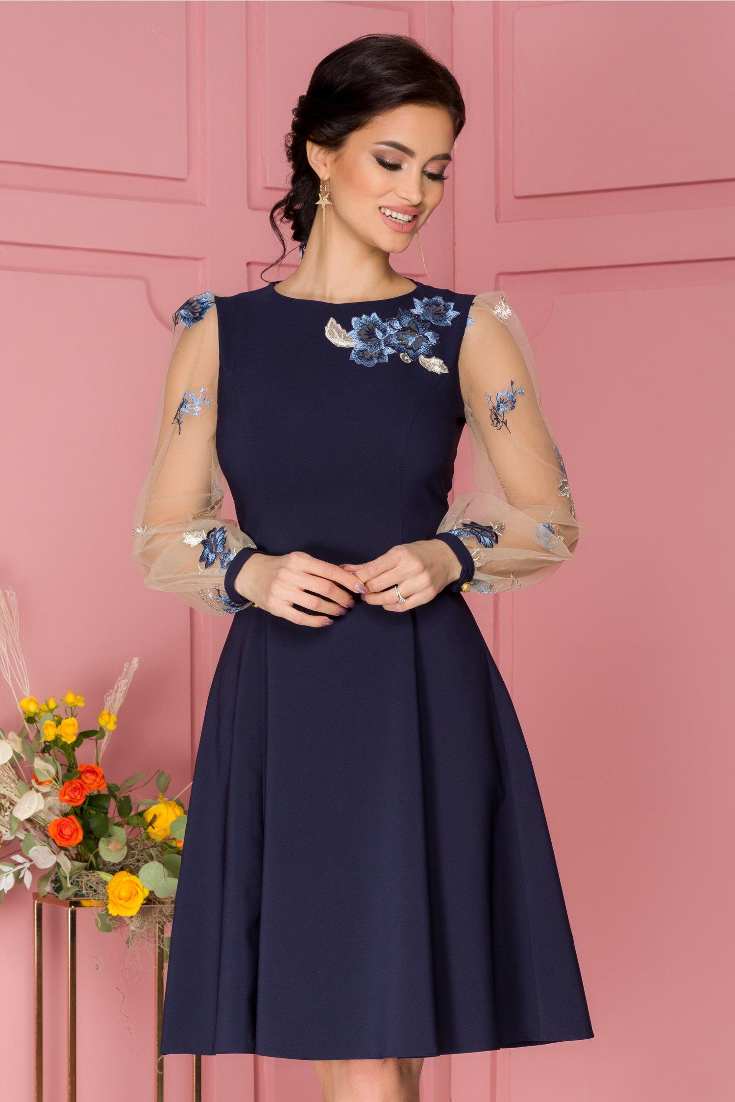 Rochie LaDonna bleumarin cu maneci din tull si broderie florala