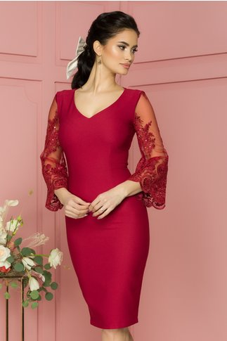 Rochie LaDonna bordo cu maneci evazate din tull cu broderie sidefata