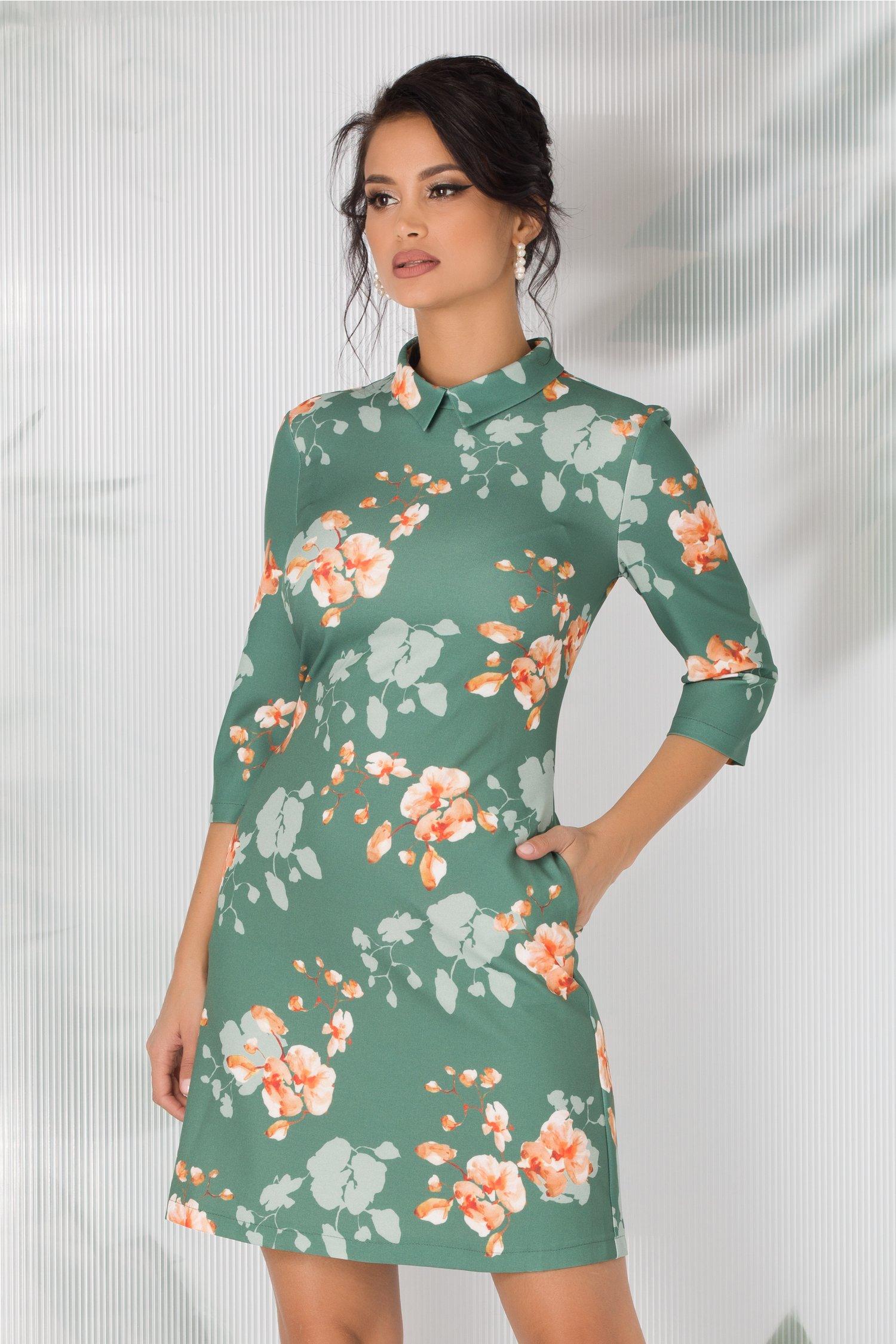 Rochie LaDonna evazata verde deschis cu imprimeuri florale