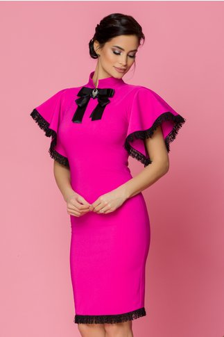 Rochie LaDonna fucsia cu maneci evazate si franjuri