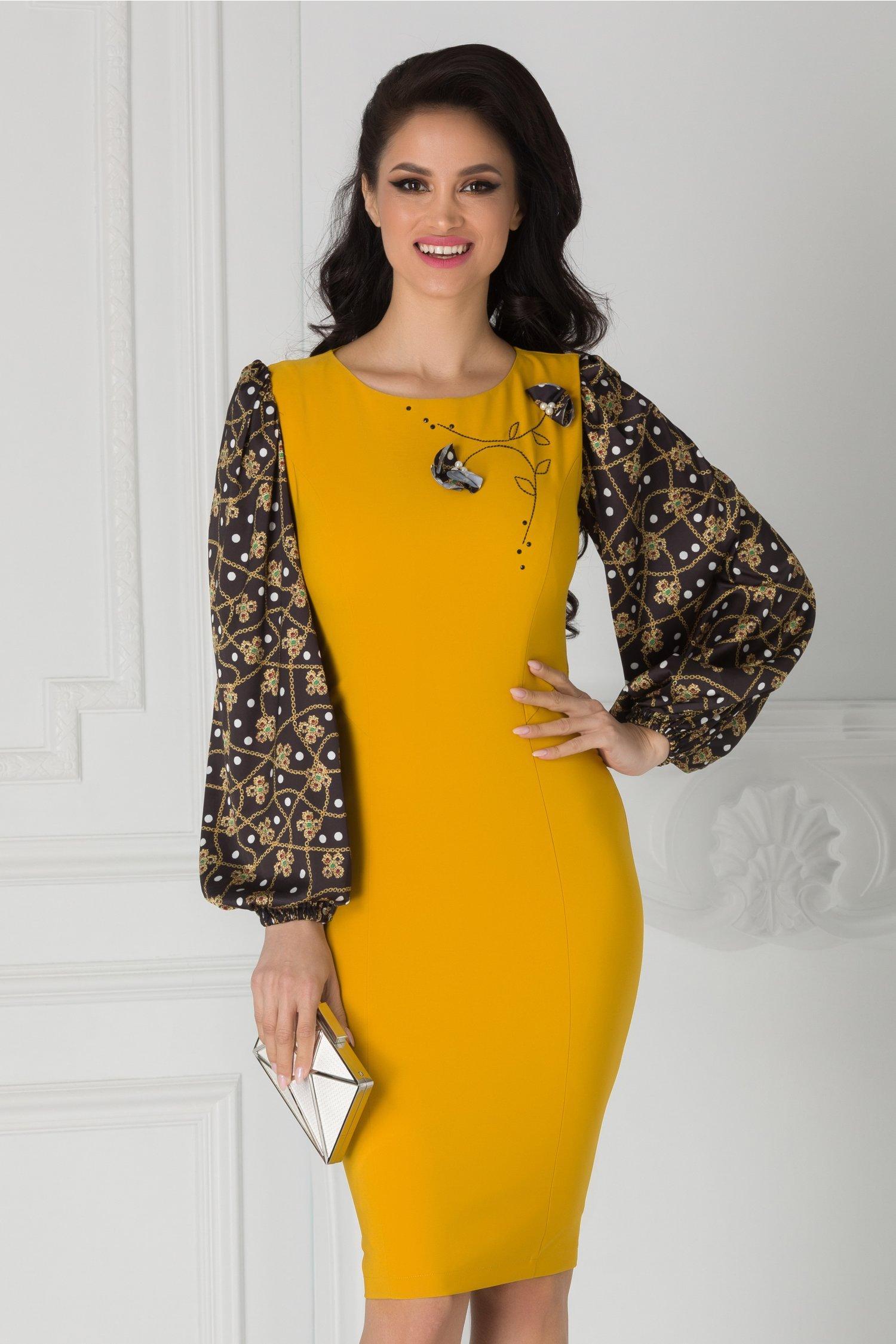 Rochie LaDonna galben mustar cu maneci negre si imprimeuri