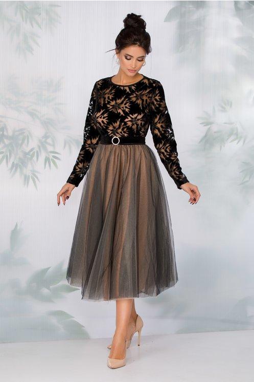 Rochie LaDonna neagra cu fusta din tull si motive florale la bust