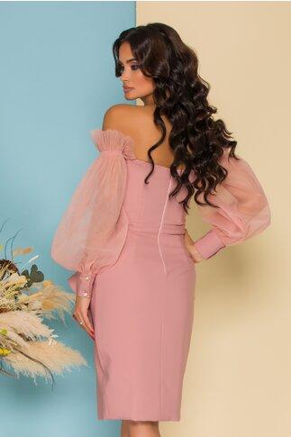 Rochie LaDonna roz accesorizata cu tull delicat