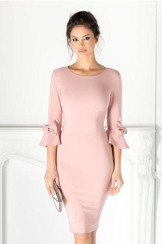 Rochie LaDonna roz cu fundite si volane la maneci
