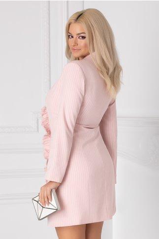 Rochie LaDonna roz tip sacou cu volanase