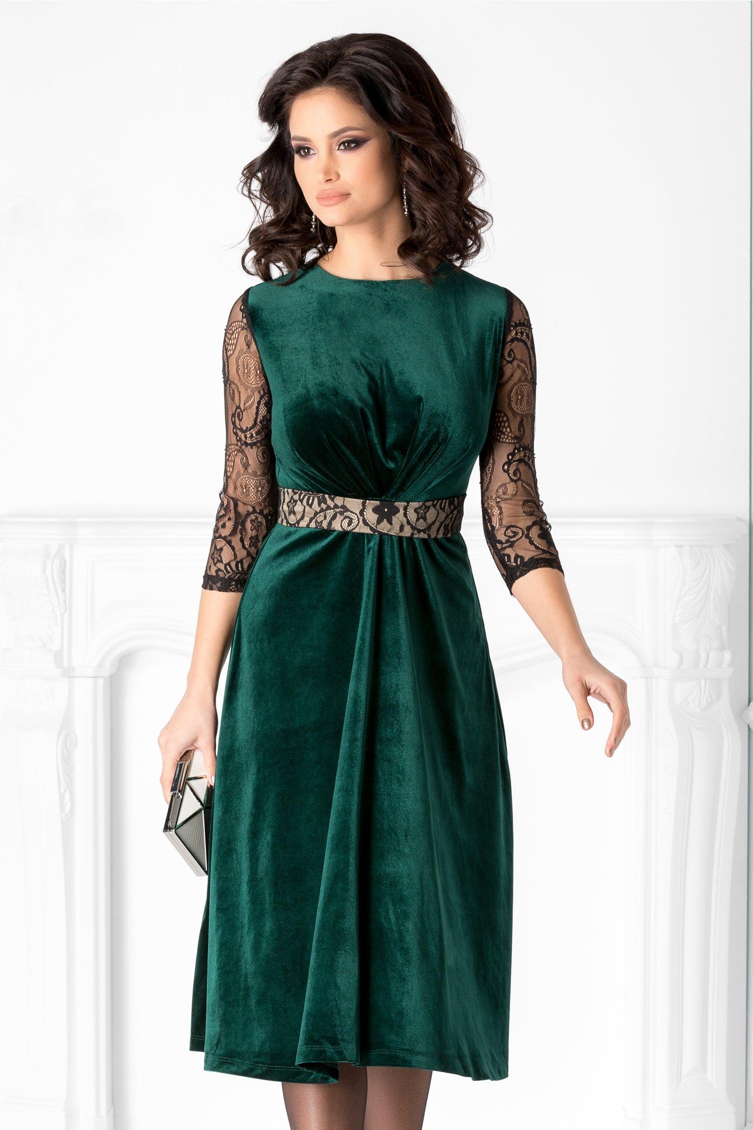 Rochie LaDonna verde din catifea si maneci din dantela