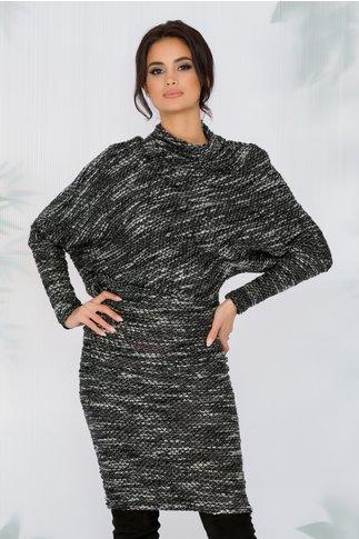 Rochie Leila neagra cu alb tricotata asimetric