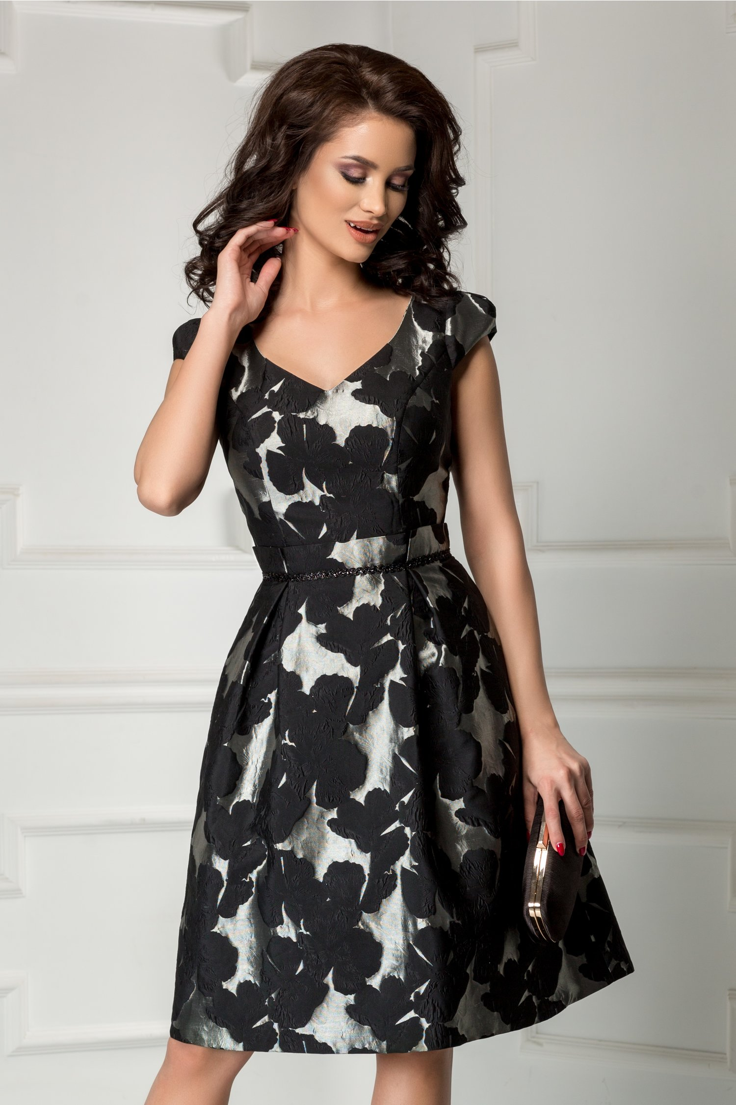 Rochie Leonard Collection din tafta brodata argintiu