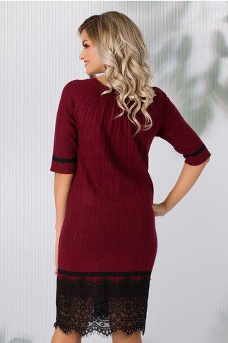 Rochie Lia bordo din tricot plisata cu dantela la baza