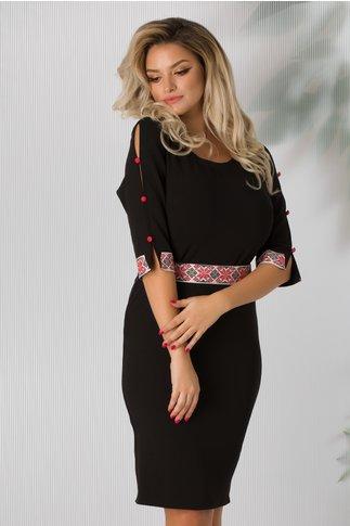 Rochie Lia neagra cu aplicatii traditionale pe maneci