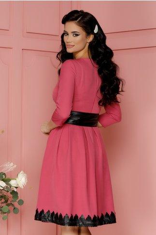 Rochie Loraine roz cu detalii din piele