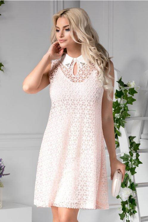 Rochie Lorelai roz cu guler de zi