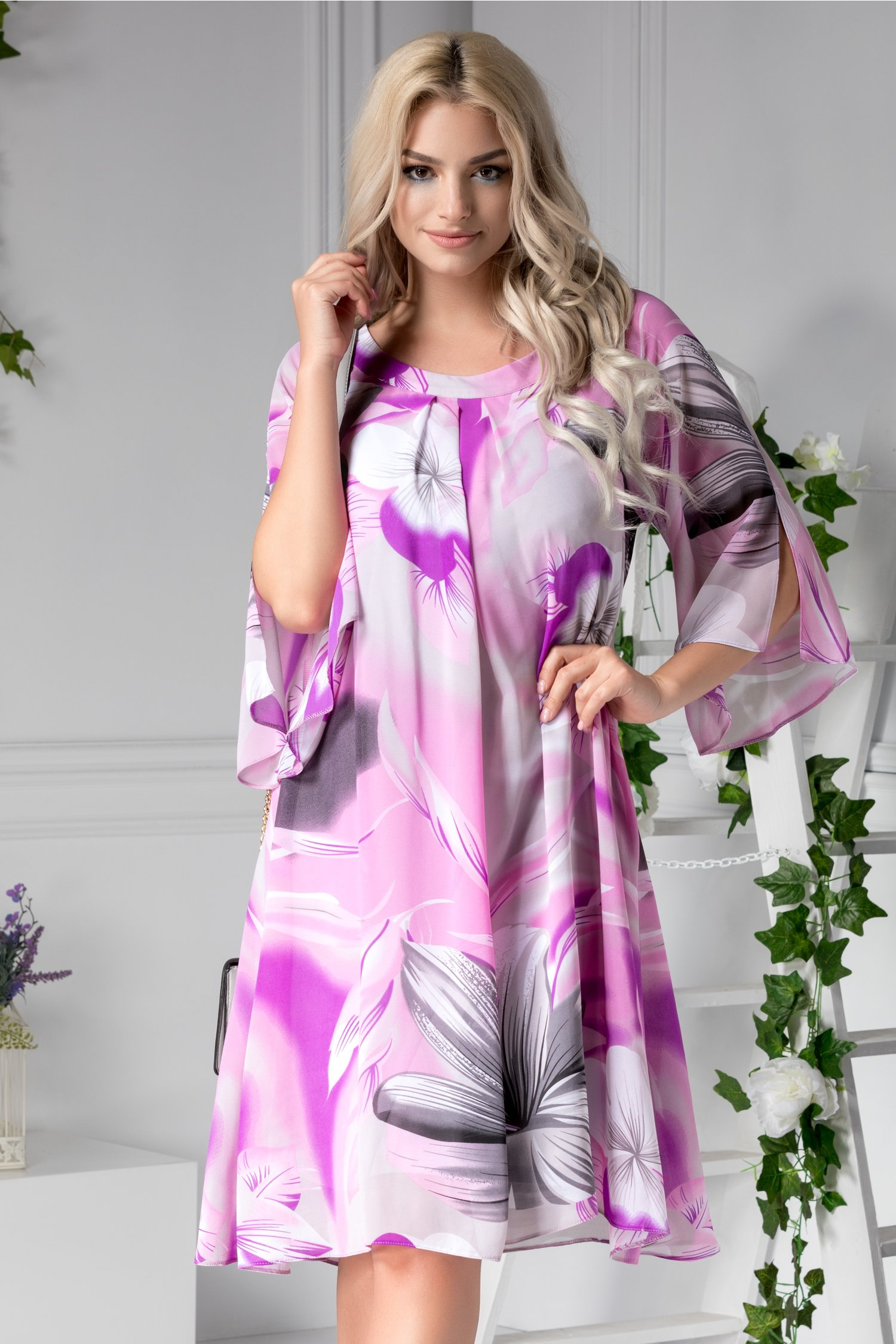 Rochie Lynette vaporoasa violet de zi