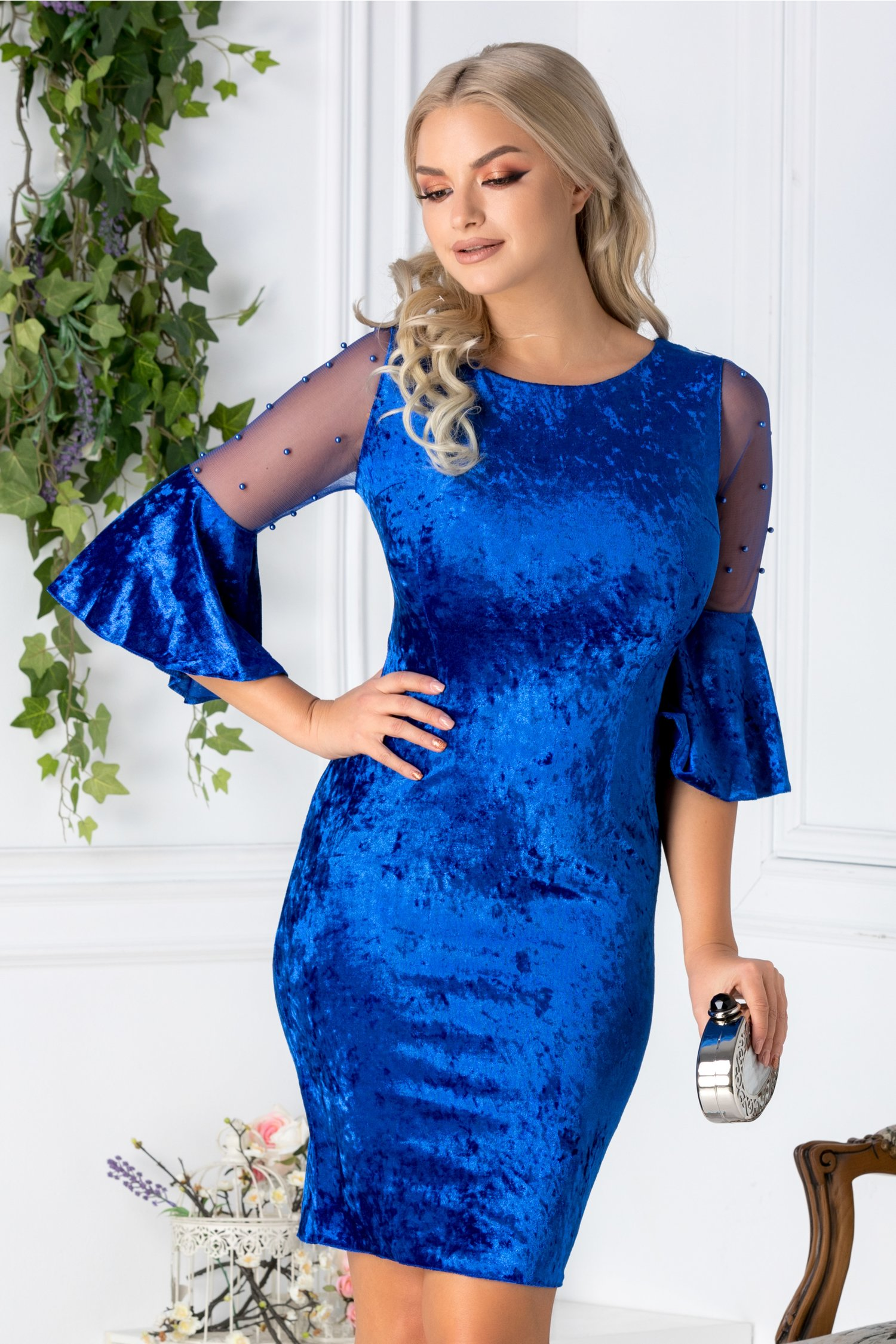 Rochie Mabel albastra din catifea cu reflexe