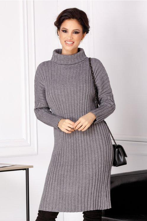 Rochie Malina gri din tricot cu guler inalt