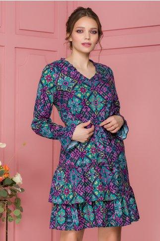 Rochie Marcy multicolora predominant roz cu volane si  cordon in talie