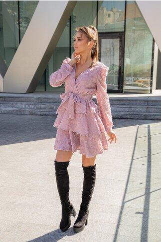 Rochie Martha roz accesorizata cu franjuri si cordon in talie