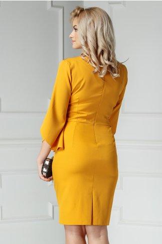 Rochie Maura galben mustar cu aplicatii elegante