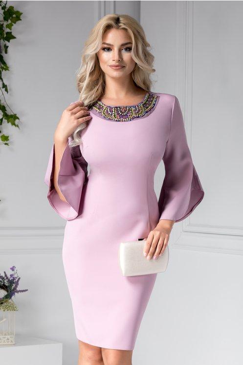 Rochie Maura lila cu aplicatii elegante