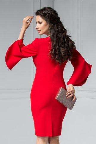 Rochie Maura rosie cu aplicatii elegante