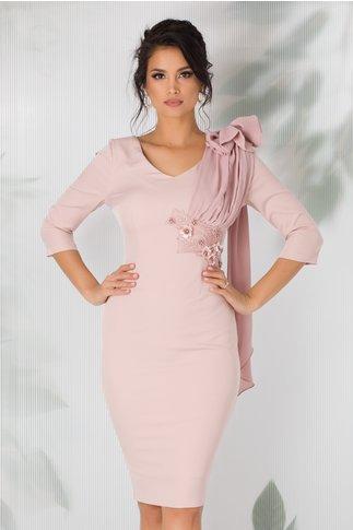 Rochie MBG conica roz prafuit cu funda maxi pe umar