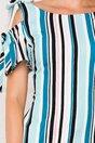 Rochie MBG cu dungi albastre si maneci decupate accesorizate cu fundite