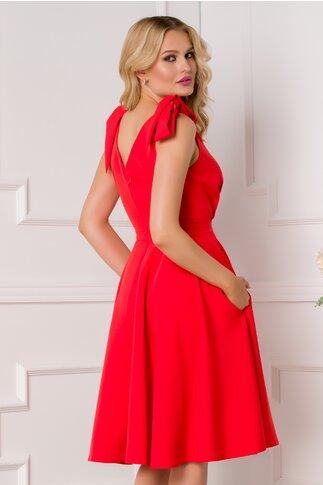 Rochie MBG rosie cu nasturi decorativi si fundite la umeri