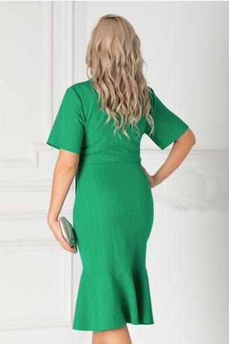 Rochie Mery verde cu decolteu petrecut si volane