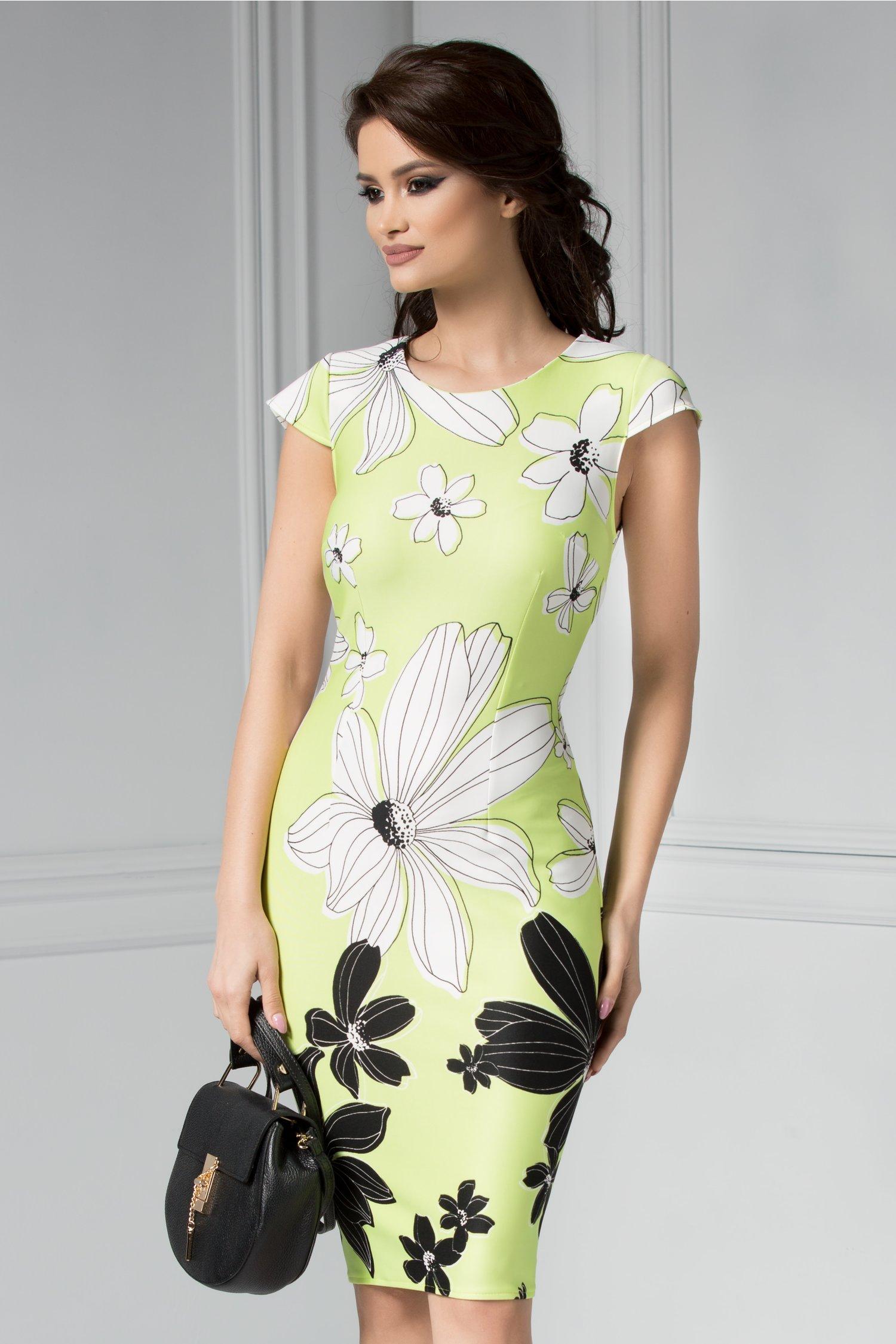 Rochie midi dreapta vernil cu imprimeu alb negru