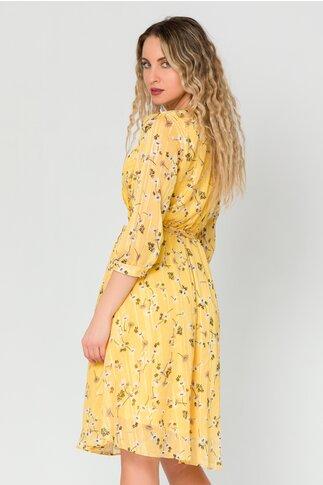 Rochie Mihaela galbena cu imprimeuri florale si insertii aurii