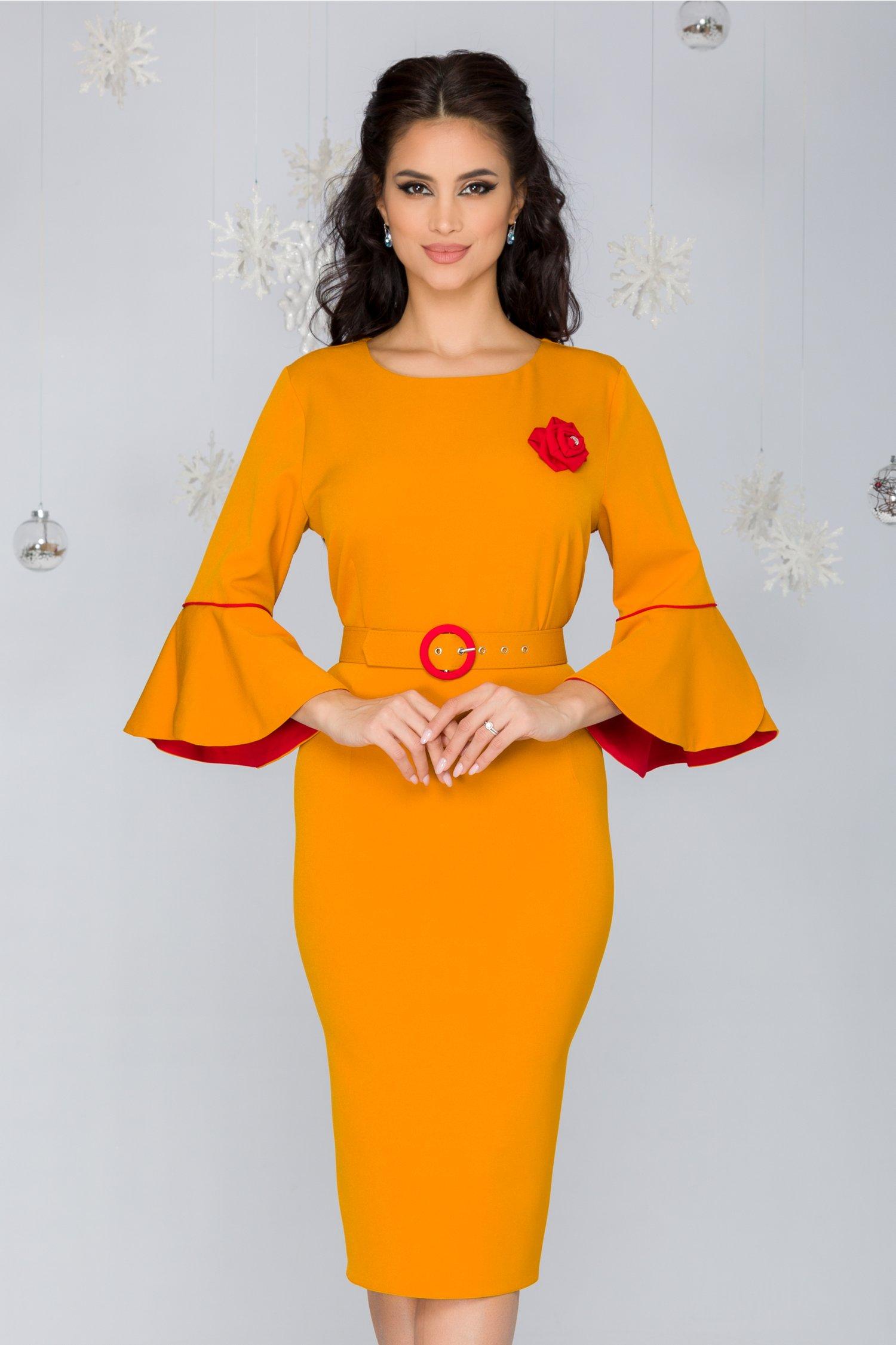 Rochie Millie galben mustar cu maneci clopot si accesoriu tip trandafir rosu