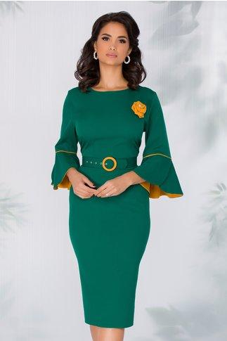 Rochie Millie verde cu maneci clopot si accesoriu tip trandafir