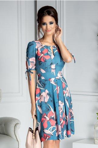 Rochie Moze de vara albastra cu imprimeu floral roz