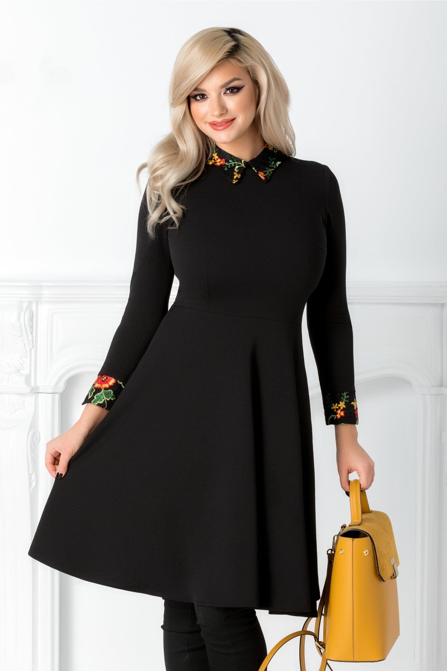 Rochie Moze neagra cu guler brodat floral